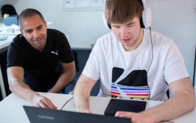 For unge med autisme er julen fyldt med svære koder